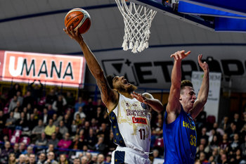 08/01/2019 - Deron Washington a canestro - REYER VENEZIA VS BK OPAVA - CHAMPIONS LEAGUE - BASKET