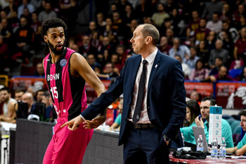 22/01/2019 - Coach del Bonn Chris O´Shea con James Webb III - UMANA REYER VENEZIA VS TELEKOM BASKETS BONN - CHAMPIONS LEAGUE - BASKET