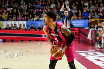 22/01/2019 - Olivier Hanlan - UMANA REYER VENEZIA VS TELEKOM BASKETS BONN - CHAMPIONS LEAGUE - BASKET
