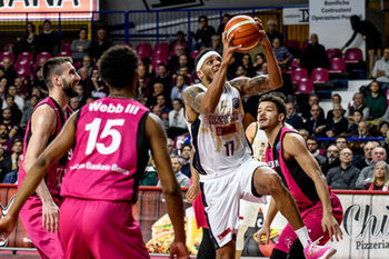 22/01/2019 - DERON WASHINGTON al tiro - UMANA REYER VENEZIA VS TELEKOM BASKETS BONN - CHAMPIONS LEAGUE - BASKET