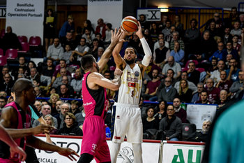 22/01/2019 - Austin Daye al tiro - UMANA REYER VENEZIA VS TELEKOM BASKETS BONN - CHAMPIONS LEAGUE - BASKET