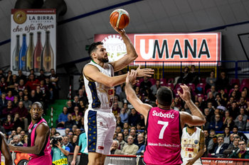 22/01/2019 - Mitchell Watt al tiro - UMANA REYER VENEZIA VS TELEKOM BASKETS BONN - CHAMPIONS LEAGUE - BASKET