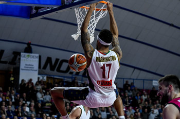 22/01/2019 - Schiacciata di Deron Washington - UMANA REYER VENEZIA VS TELEKOM BASKETS BONN - CHAMPIONS LEAGUE - BASKET