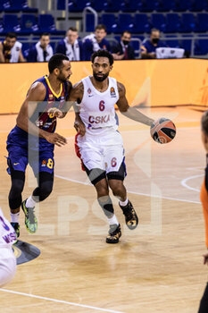 01/10/2020 - Darrun Hilliard of CSKA Moscow during the Turkish Airlines EuroLeague Basketball match between Fc Barcelona and CSKA Moscow on October 01, 2020 at Palau Blaugrana in Barcelona, Spain - Photo Javier Borrego / Spain DPPI / DPPI - FC BARCELONA VS CSKA MOSCOW - EUROLEAGUE - BASKET