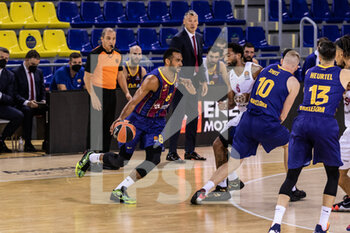 01/10/2020 - Adam Hanga of Fc Barcelona during the Turkish Airlines EuroLeague Basketball match between Fc Barcelona and CSKA Moscow on October 01, 2020 at Palau Blaugrana in Barcelona, Spain - Photo Javier Borrego / Spain DPPI / DPPI - FC BARCELONA VS CSKA MOSCOW - EUROLEAGUE - BASKET