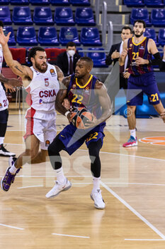 01/10/2020 - Cory Higgins of Fc Barcelona during the Turkish Airlines EuroLeague Basketball match between Fc Barcelona and CSKA Moscow on October 01, 2020 at Palau Blaugrana in Barcelona, Spain - Photo Javier Borrego / Spain DPPI / DPPI - FC BARCELONA VS CSKA MOSCOW - EUROLEAGUE - BASKET