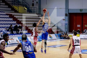 19/01/2021 - Daulton Hommes (Vanoli Cremona) at three point throw - VANOLI CREMONA VS A|X ARMANI EXCHANGE MILANO - SERIE A - BASKET