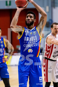 19/01/2021 - Marcus Lee (Vanoli Cremona) at throw - VANOLI CREMONA VS A|X ARMANI EXCHANGE MILANO - SERIE A - BASKET