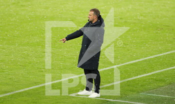 07/04/2021 - Coach Hans-Dieter Flick of Bayern Munich during the UEFA Champions League, quarter final, 1st leg football match between Bayern Munich and Paris Saint-Germain on April 7, 2021 at Allianz Arena in Munich, Germany - Photo Marcel Engelbrecht / firo Sportphoto / DPPI - BAYERN MUNICH VS PARIS SAINT-GERMAIN - UEFA CHAMPIONS LEAGUE - CALCIO