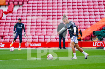 12/09/2020 - Leeds United midfielder Kalvin Phillips (23) warming up during the English championship Premier League football match between Liverpool and Leeds United on September 12, 2020 at Anfield in Liverpool, England - Photo Malcolm Bryce / ProSportsImages / DPPI - LIVERPOOL VS LEEDS UNITED - ENGLISH PREMIER LEAGUE - CALCIO
