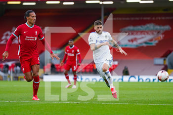 12/09/2020 - Leeds United midfielder Mateusz Klich (43) and Liverpool defender Virgil van Dijk (4) during the English championship Premier League football match between Liverpool and Leeds United on September 12, 2020 at Anfield in Liverpool, England - Photo Malcolm Bryce / ProSportsImages / DPPI - LIVERPOOL VS LEEDS UNITED - ENGLISH PREMIER LEAGUE - CALCIO