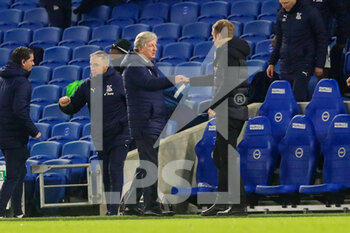 22/02/2021 - Crystal Palace Manager Roy Hodgson gestures with Brighton and Hove Albion manager Graham Potter after the English championship Premier League football match between Brighton and Hove Albion and Crystal Palace on February 22, 2021 at the American Express Community Stadium in Brighton and Hove, England - Photo Phil Duncan / ProSportsImages / DPPI - BRIGHTON AND HOVE ALBION AND CRYSTAL PALACE - ENGLISH PREMIER LEAGUE - CALCIO