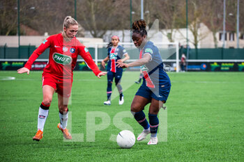FC Fleury 91 and Paris Saint-Germain - FRENCH WOMEN DIVISION 1 - CALCIO