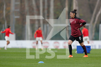 15/11/2020 - Laura Fusetti (AC Milan) warming up before the match - AC MILAN VS AS ROMA - SERIE A FEMMINILE - CALCIO