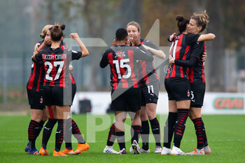 15/11/2020 - AC Milan players before the match starts - AC MILAN VS AS ROMA - SERIE A FEMMINILE - CALCIO