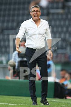 29/07/2020 - Udinese's coach Luca Gotti gestures during the Italian Serie A soccer match Udinese Calcio vs US Lecce at the Friuli - Dacia Arena stadium in Udine, Italy, 29 July 2020. ANSA/GABRIELE MENIS - UDINESE VS LECCE - SERIE A - CALCIO