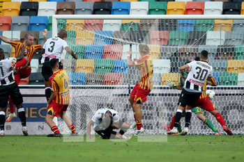 29/07/2020 - Udinese's Samir (L) scores the goal during the Italian Serie A soccer match Udinese Calcio vs US Lecce at the Friuli - Dacia Arena stadium in Udine, Italy, 29 July 2020. ANSA/GABRIELE MENIS - UDINESE VS LECCE - SERIE A - CALCIO