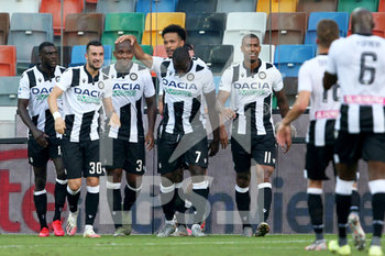 29/07/2020 - Udinese's Samir (L) jubilates with his teammates after scoring the goal during the Italian Serie A soccer match Udinese Calcio vs US Lecce at the Friuli - Dacia Arena stadium in Udine, Italy, 29 July 2020. ANSA/GABRIELE MENIS - UDINESE VS LECCE - SERIE A - CALCIO