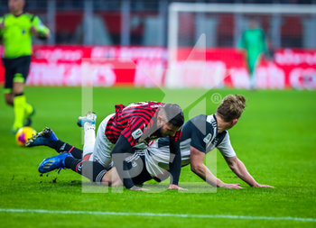 13/02/2020 - Matthijs de Ligt of Juventus fights for the ball against Theo Hernandez of AC Milan  - MILAN VS JUVENTUS -  - CALCIO