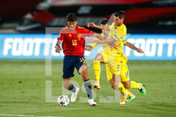06/09/2020 - Rodrigo Hernandez of Spain and Roman Yaremchuk of Ukraine in action during the UEFA Nations League football match between Spain and Ukraine on september 06, 2020 at Alfredo Di Stefano stadium in Valdebebas near Madrid, Spain - Photo Oscar J Barroso / Spain DPPI / DPPI - SPAGNA VS UCRAINA - UEFA NATIONS LEAGUE - CALCIO