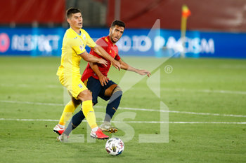 06/09/2020 - Mikel Merino of Spain and Bogdan Mykhaylichenko of Ukraine in action during the UEFA Nations League football match between Spain and Ukraine on september 06, 2020 at Alfredo Di Stefano stadium in Valdebebas near Madrid, Spain - Photo Oscar J Barroso / Spain DPPI / DPPI - SPAGNA VS UCRAINA - UEFA NATIONS LEAGUE - CALCIO