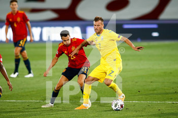 06/09/2020 - Andriy Yarmolenko of Ukraine and Sergio Reguilon of Spain in action during the UEFA Nations League football match between Spain and Ukraine on september 06, 2020 at Alfredo Di Stefano stadium in Valdebebas near Madrid, Spain - Photo Oscar J Barroso / Spain DPPI / DPPI - SPAGNA VS UCRAINA - UEFA NATIONS LEAGUE - CALCIO