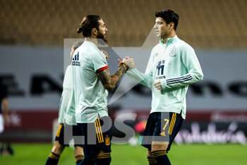 17/11/2020 - Alvaro Morata of Spain and Sergio Ramos of Spain warm up before the UEFA Nations league football match between Spain and Germany on November 17, 2020 at the la Cartuja Stadium in Sevilla, Spain - Photo Joaquin Corchero / Spain DPPI / DPPI - SPAIN VS GERMANY - UEFA NATIONS LEAGUE - CALCIO