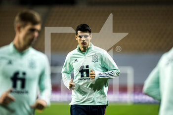 17/11/2020 - Alvaro Morata of Spain warms up before the UEFA Nations league football match between Spain and Germany on November 17, 2020 at the la Cartuja Stadium in Sevilla, Spain - Photo Joaquin Corchero / Spain DPPI / DPPI - SPAIN VS GERMANY - UEFA NATIONS LEAGUE - CALCIO