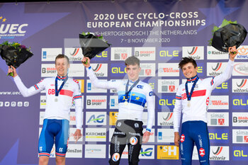 07/11/2020 - Podium Thomas Mein (GBR) 2nd Place, Ryan Kamp (NED) Winner, Cameron Mason (GBR) 3rd place during the 2020 UEC Cyclo-Cross European Championships, Men Under 23, on november 7, 2020 in Rosmalen, The Netherlands - Photo Orange Pictures / DPPI - 2020 UEC CYCLO-CROSS EUROPEAN CHAMPIONSHIPS, MEN UNDER 23 - CICLOCROSS - CICLISMO