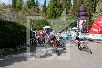 03/04/2021 - First turn of Verona MTB International with (6) Maximilian Foidl - (PL) and (4) Mirko Tabacchi - (ITA) - VERONA MTB INTERNATIONAL XCO -  CATEGORIA OPEN MAN - MTB - MOUNTAIN BIKE - CICLISMO