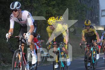 18/09/2020 - Primoz Roglic of Team Jumbo - Visma during the Tour de France 2020, cycling race stage 19, Bourg en Bresse - Champagnole (165,5 km) on September 18, 2020 in Champagnole, France - Photo Laurent Lairys / DPPI - STAGE 19, BOURG EN BRESSE - CHAMPAGNOLE 2020 - TOUR DE FRANCE - CICLISMO