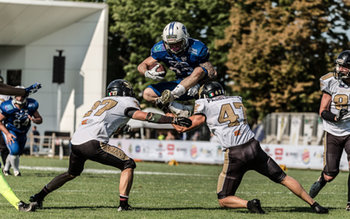 FOOTBALL AMERICANO - SECONDA DIVISIONE - SILVER BOWL - WARRIORS BOLOGNA vs PRETORIANI ROMA