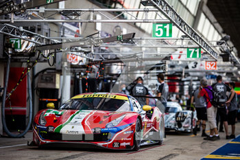16/09/2020 - 71 Bird Sam (gbr), Molina Miguel (esp), Rigon Davide (ita), AF Corse, Ferrari 488 GTE Evo, ambiance during the scrutineering of the 2020 24 Hours of Le Mans, 7th round of the 2019...20 FIA World Endurance Championship on the Circuit des 24 Heures du Mans, from September 16 to 20, 2020 in Le Mans, France - Photo Thomas Fenetre / DPPI - 24 HOURS OF LE MANS 2020 - ENDURANCE - MOTORI