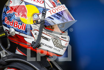 16/09/2020 - Buemi S..bastien (swi), Toyota Gazoo Racing, Toyota TS050 Hybrid, portrait during the scrutineering of the 2020 24 Hours of Le Mans, 7th round of the 2019...20 FIA World Endurance Championship on the Circuit des 24 Heures du Mans, from September 16 to 20, 2020 in Le Mans, France - Photo Xavi Bonilla / DPPI - 24 HOURS OF LE MANS 2020 - ENDURANCE - MOTORI