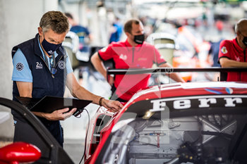 16/09/2020 - Ambiance during the scrutineering of the 2020 24 Hours of Le Mans, 7th round of the 2019...20 FIA World Endurance Championship on the Circuit des 24 Heures du Mans, from September 16 to 20, 2020 in Le Mans, France - Photo Thomas Fenetre / DPPI - 24 HOURS OF LE MANS 2020 - ENDURANCE - MOTORI