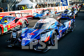 16/09/2020 - 36 Laurent Thomas (fra), Negrao Andr. (bra), Ragues Pierre (fra), Signatech Alpine Elf, Alpine A470-Gibson, ambiance during the scrutineering of the 2020 24 Hours of Le Mans, 7th round of the 2019-20 FIA World Endurance Championship on the Circuit des 24 Heures du Mans, from September 16 to 20, 2020 in Le Mans, France - Photo Xavi Bonilla / DPPI - 24 HOURS OF LE MANS 2020 - ENDURANCE - MOTORI