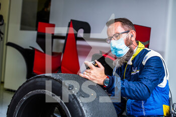 11/10/2020 - Michelin tyre, pneu, 50 Visser Beitske (nld), Floersch Sophia (ger), Richard Mille Racing Team, Oreca 07 Gibson, action pitlane, pitstop during the 2020 4 Hours of Monza, 4th round of the 2020 European Le Mans Series, from October 9 to 11, 2020 on the Autodromo Nazionale di Monza, Italy - Photo Germain Hazard / DPPI - 4 HOURS OF MONZA, 4TH ROUND OF THE 2020 EUROPEAN LE MANS SERIES - SUNDAY - ENDURANCE - MOTORI