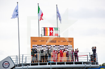 11/10/2020 - 74 Broniszewski Michael (pol), Cadei Nicola (ita), Perel David (zaf), Kessel Racing, Ferrari 488 GTE Evo, action 77 Ried Christian (deu), Beretta Michele (ita), Picariello Alessio (bel), Dempsey - Proton Racing, Porsche 911 RSR, action 83 Gostner Manuel (ita), Gatting Michelle (dnk), Frey Rahel (che), Iron Lynx, Ferrari 488 GTE Evo, action podium during the 2020 4 Hours of Monza, 4th round of the 2020 European Le Mans Series, from October 9 to 11, 2020 on the Autodromo Nazionale di Monza, Italy - Photo Germain Hazard / DPPI - 4 HOURS OF MONZA, 4TH ROUND OF THE 2020 EUROPEAN LE MANS SERIES - SUNDAY - ENDURANCE - MOTORI