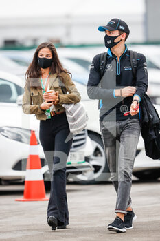 14/11/2020 - RUSSELL George (gbr), Williams Racing F1 FW43, portrait with his girlfriend during the Formula 1 DHL Turkish Grand Prix 2020, from November 13 to 15, 2020 on the Intercity Istanbul Park, in Tuzla, near Istanbul, Turkey - Photo Antonin Vincent / DPPI - FORMULA 1 DHL TURKISH GRAND PRIX 2020 - SATURDAY - FORMULA 1 - MOTORI