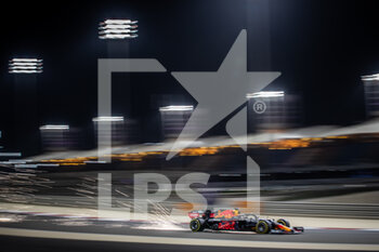 27/03/2021 - 33 VERSTAPPEN Max (nld), Red Bull Racing Honda RB16B, action during Formula 1 Gulf Air Bahrain Grand Prix 2021 from March 26 to 28, 2021 on the Bahrain International Circuit, in Sakhir, Bahrain - Photo Frédéric Le Floc?h / DPPI - FORMULA 1 GULF AIR BAHRAIN GRAND PRIX 2021 - FORMULA 1 - MOTORI