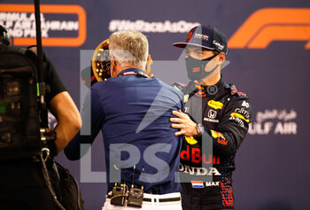 27/03/2021 - VERSTAPPEN Max (ned), Red Bull Racing Honda RB16B, portrait, pole position, during Formula 1 Gulf Air Bahrain Grand Prix 2021 from March 26 to 28, 2021 on the Bahrain International Circuit, in Sakhir, Bahrain - Photo DPPI - FORMULA 1 GULF AIR BAHRAIN GRAND PRIX 2021 - FORMULA 1 - MOTORI