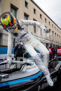 10/04/2021 - VANDOORNE Stoffel (bel), Mercedes-Benz EQ Formula E Team, Mercedes-Benz EQ Silver Arrow 02, portrait grille de depart starting grid during the 2021 Rome ePrix, 3rd round of the 2020-21 Formula E World Championship, on the Circuito Cittadino dell'EUR from April 9 to 11, in Rome, Italy - Photo Germain Hazard / DPPI - 2021 ROME EPRIX, 3RD ROUND OF THE 2020-21 FORMULA E WORLD CHAMPIONSHIP - FORMULA E - MOTORI