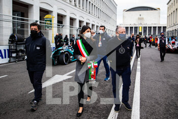 10/04/2021 - TODT Jean (fra) FIA President, portrait and Virginia Raggi, Mayor of Rome grille de depart starting grid during the 2021 Rome ePrix, 3rd round of the 2020-21 Formula E World Championship, on the Circuito Cittadino dell'EUR from April 9 to 11, in Rome, Italy - Photo Germain Hazard / DPPI - 2021 ROME EPRIX, 3RD ROUND OF THE 2020-21 FORMULA E WORLD CHAMPIONSHIP - FORMULA E - MOTORI