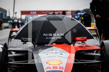 24/04/2021 - BUEMI Sébastien (swi), Nissan e.dams, Nissan IM02, portrait grille de depart starting grid during the 2021 Valencia ePrix, 3rd meeting of the 2020-21 Formula E World Championship, on the Circuit Ricardo Tormo from April 23 to 25, in Valencia, Spain - Photo Germain Hazard / DPPI - 2021 VALENCIA EPRIX, 3RD MEETING OF THE 2020-21 FORMULA E WORLD CHAMPIONSHIP - FORMULA E - MOTORI