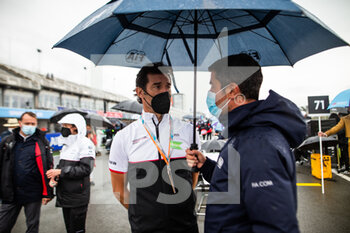 24/04/2021 - Mark Webber grille de depart starting grid during the 2021 Valencia ePrix, 3rd meeting of the 2020-21 Formula E World Championship, on the Circuit Ricardo Tormo from April 23 to 25, in Valencia, Spain - Photo Germain Hazard / DPPI - 2021 VALENCIA EPRIX, 3RD MEETING OF THE 2020-21 FORMULA E WORLD CHAMPIONSHIP - FORMULA E - MOTORI