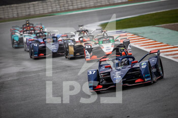 24/04/2021 - 37 Cassidy Nick (nzl), Envision Virgin Racing, Audi e-tron FE07, action 33 Rast René (ger), Audi Sport ABT Schaeffler, Audi e-ton FE07, action 25 Vergne Jean-Eric (fra), DS Techeetah, DS E-Tense FE20, action 04 Frijns Robin (nld), Envision Virgin Racing, Audi e-tron FE07, action during the 2021 Valencia ePrix, 3rd meeting of the 2020-21 Formula E World Championship, on the Circuit Ricardo Tormo from April 23 to 25, in Valencia, Spain - Photo Germain Hazard / DPPI - 2021 VALENCIA EPRIX, 3RD MEETING OF THE 2020-21 FORMULA E WORLD CHAMPIONSHIP - FORMULA E - MOTORI