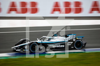 24/04/2021 - 17 De Vries Nyck (nld), Mercedes-Benz EQ Formula E Team, Mercedes-Benz EQ Silver Arrow 02, action during the 2021 Valencia ePrix, 3rd meeting of the 2020-21 Formula E World Championship, on the Circuit Ricardo Tormo from April 23 to 25, in Valencia, Spain - Photo Germain Hazard / DPPI - 2021 VALENCIA EPRIX, 3RD MEETING OF THE 2020-21 FORMULA E WORLD CHAMPIONSHIP - FORMULA E - MOTORI