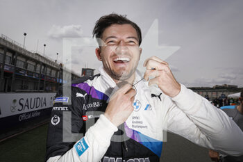 25/04/2021 - DENNIS Jake (gbr), BMW i Andretti Motorsport, BMW iFE.21, portrait during the 2021 Valencia ePrix, 3rd meeting of the 2020-21 Formula E World Championship, on the Circuit Ricardo Tormo from April 23 to 25, in Valencia, Spain - Photo François Flamand / DPPI - 2021 VALENCIA EPRIX, 3RD MEETING OF THE 2020-21 FORMULA E WORLD CHAMPIONSHIP - FORMULA E - MOTORI