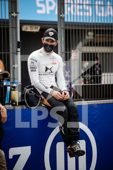 25/04/2021 - VERGNE Jean-Eric (fra), DS Techeetah, DS E-Tense FE20, portrait grille de depart starting grid during the 2021 Valencia ePrix, 3rd meeting of the 2020-21 Formula E World Championship, on the Circuit Ricardo Tormo from April 23 to 25, in Valencia, Spain - Photo Germain Hazard / DPPI - 2021 VALENCIA EPRIX, 3RD MEETING OF THE 2020-21 FORMULA E WORLD CHAMPIONSHIP - FORMULA E - MOTORI