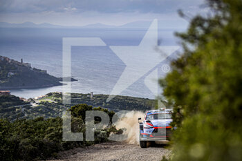10/10/2020 - 07 LOUBET Pierre-Louis (fra), Vincent LANDAIS (fra), HYUNDAI 2C COMPETITION, HYUNDAI i20 Coupe.. WRC RC1 WRC, action during the 2020 Rally Italia Sardegna, 6th round of the 2020 FIA WRC Championship from October 8 to 11, 2020 at Alghero, Sardegna in Italy - Photo Paulo Maria / DPPI - RALLY DI SARDEGNA - 6TH ROUND OF THE 2020 FIA WRC CHAMPIONSHIP  - RALLY - MOTORI